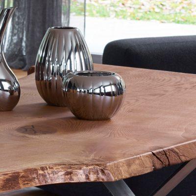 Massivholztisch aus französischer Wildeiche